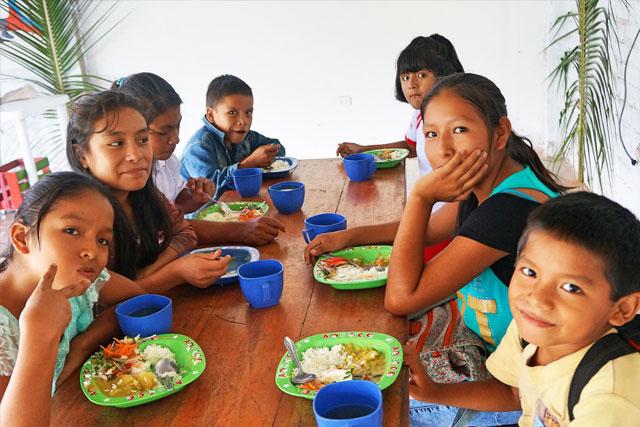 Apadrina el comedor social de Satipo en Perú