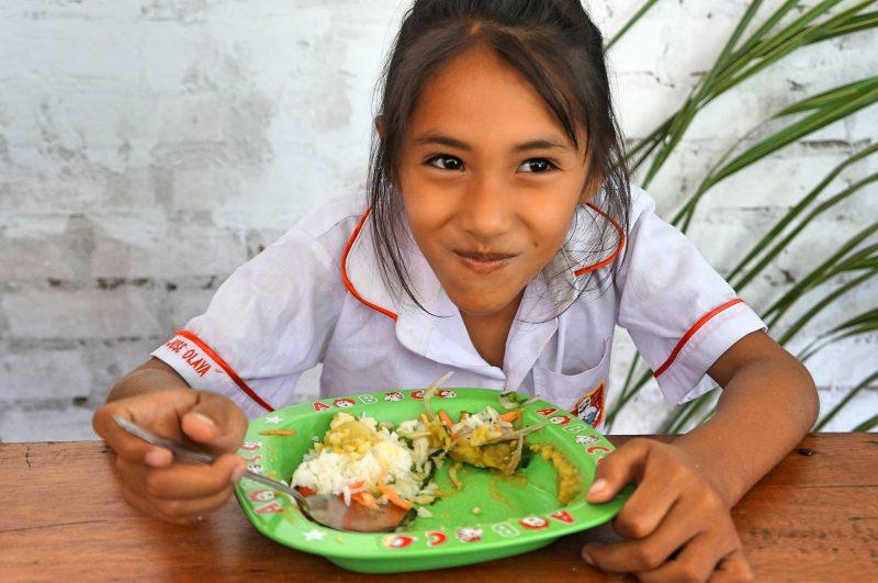 Apadrina el comedor social en Perú